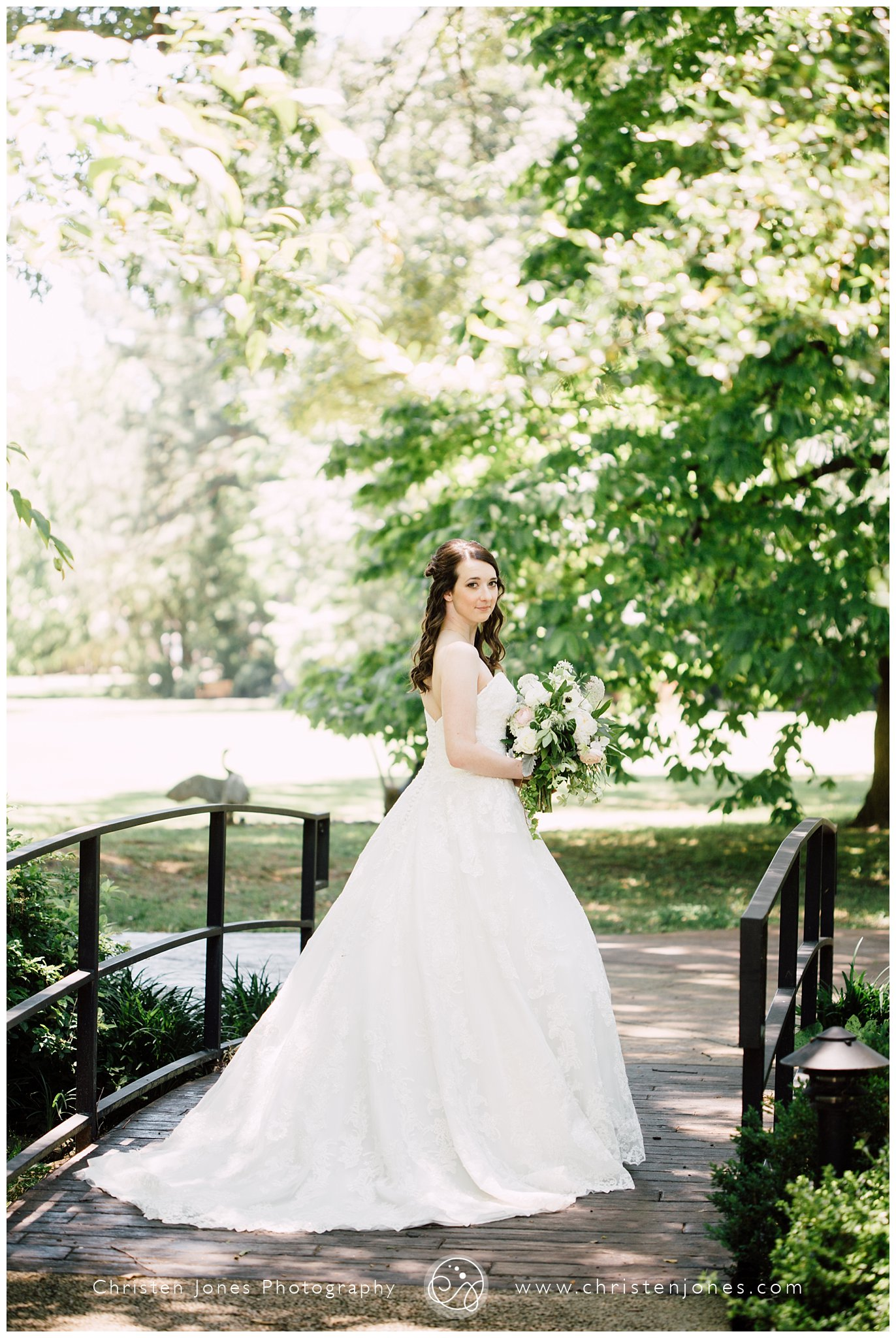 bridal,bride,i do,memphis wedding photographer,wedding,wedding dress,