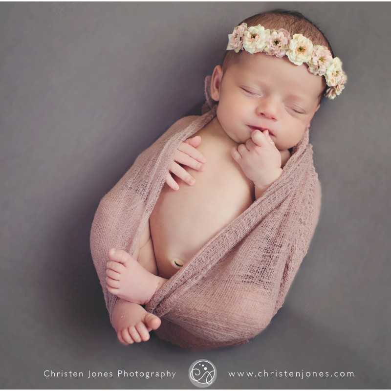 Meet baby lucy memphis newborn photographer christen jones photography